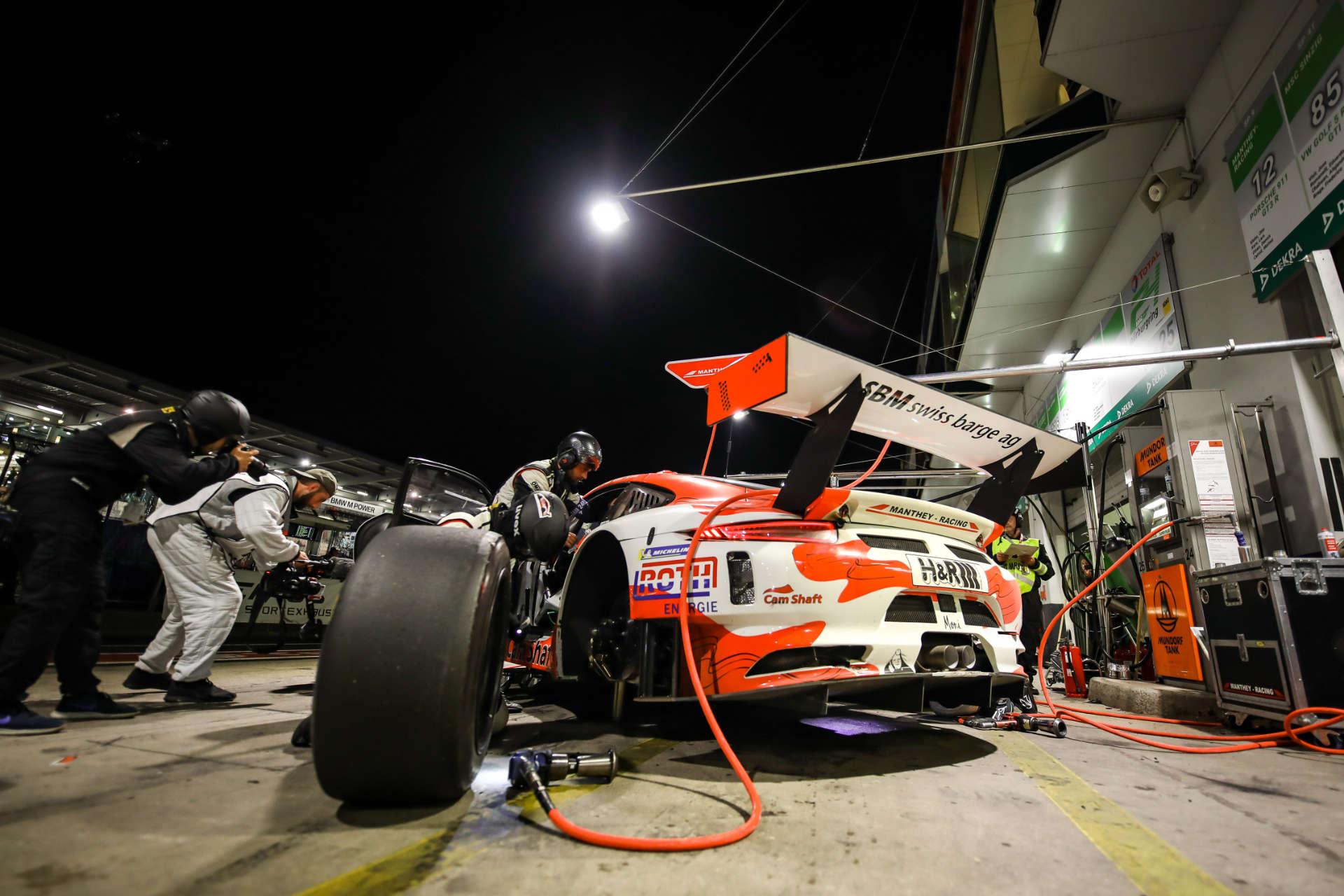 Porsche 911 GT3 R von Manthey-Racing beim 24-Stunden-Rennen auf dem Nürburgring