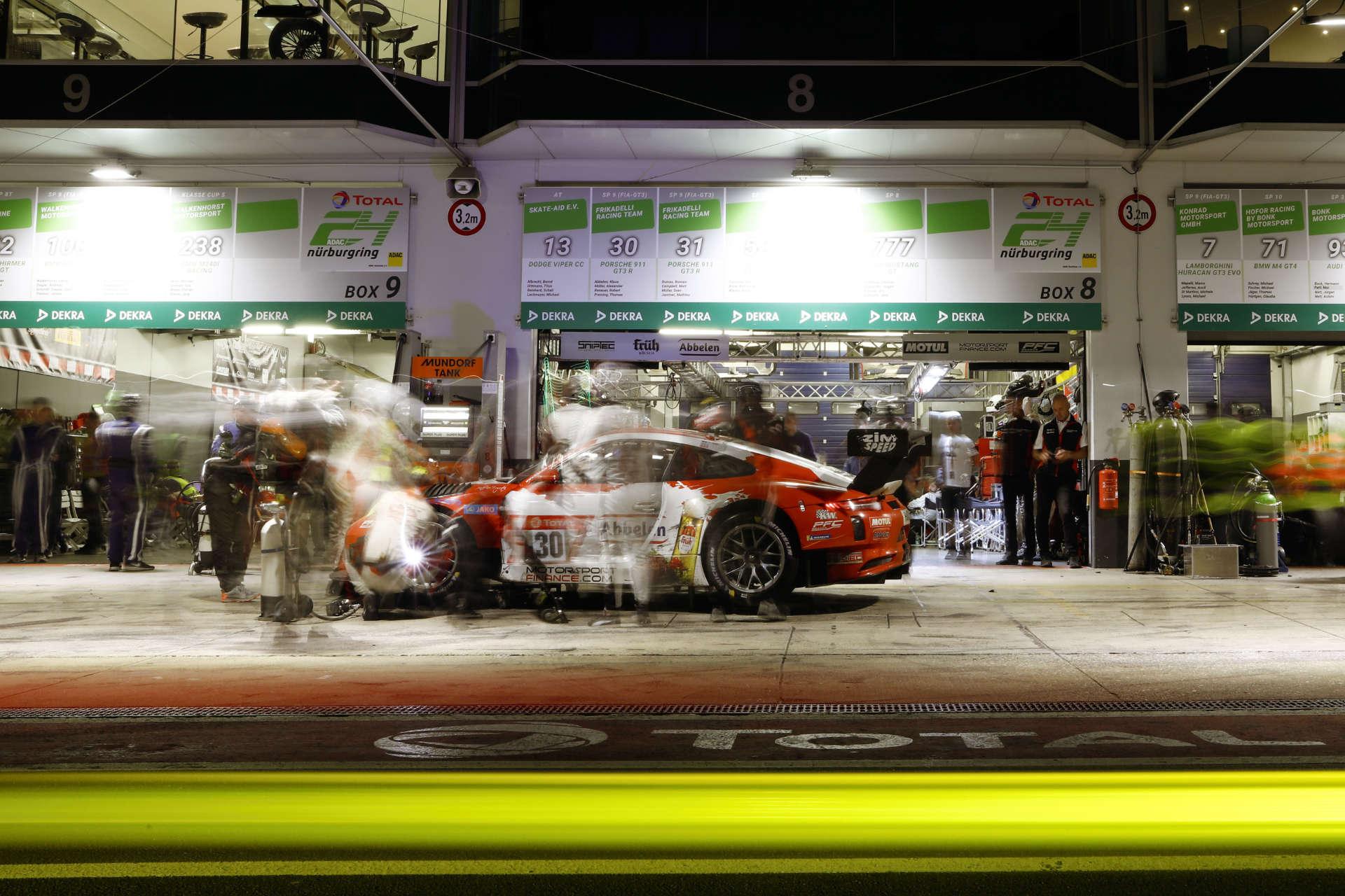 Porsche 911 GT3 R von Frikadelli Racing Team