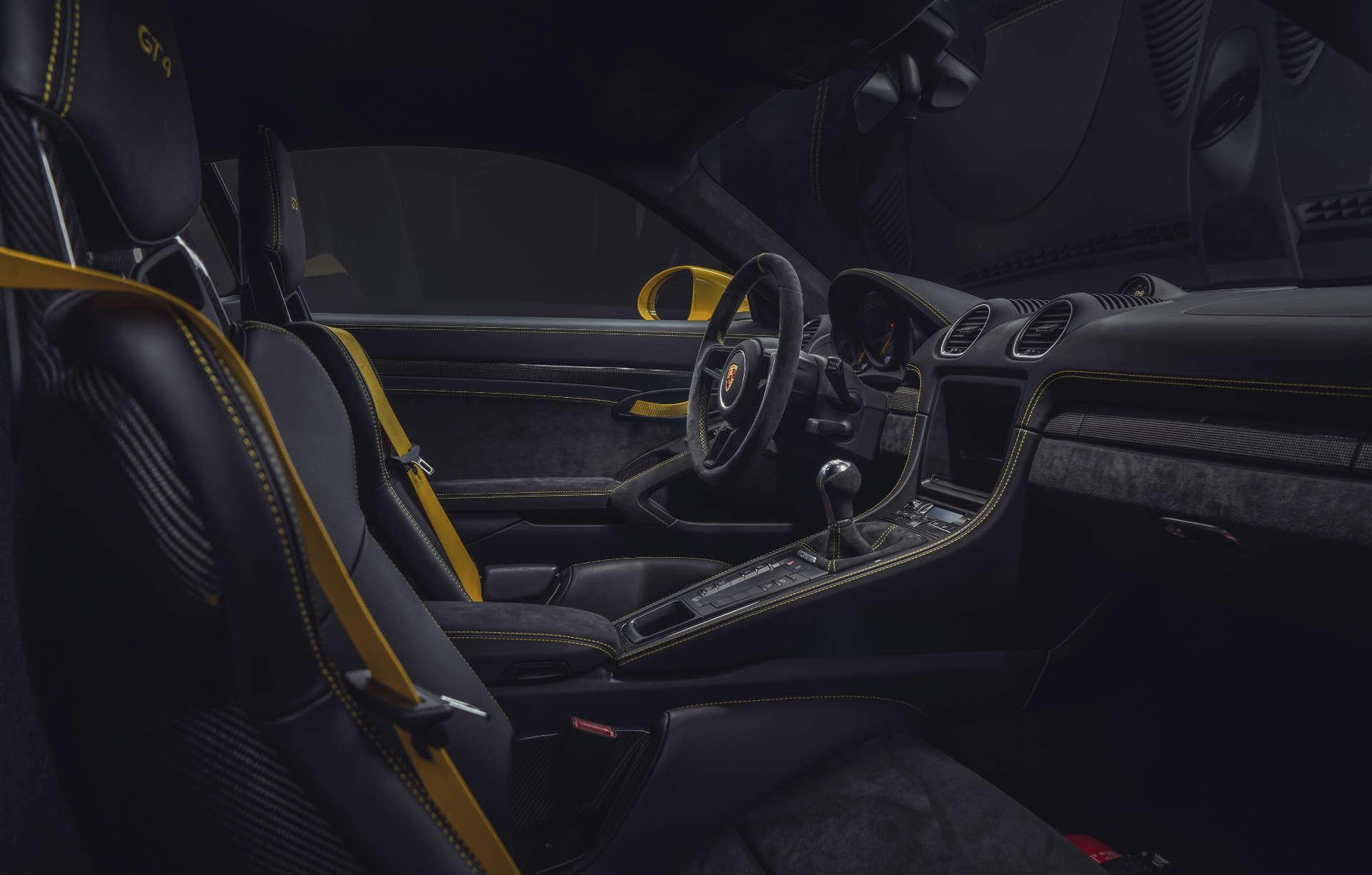 Porsche 718 Cayman GT4 Innenraum