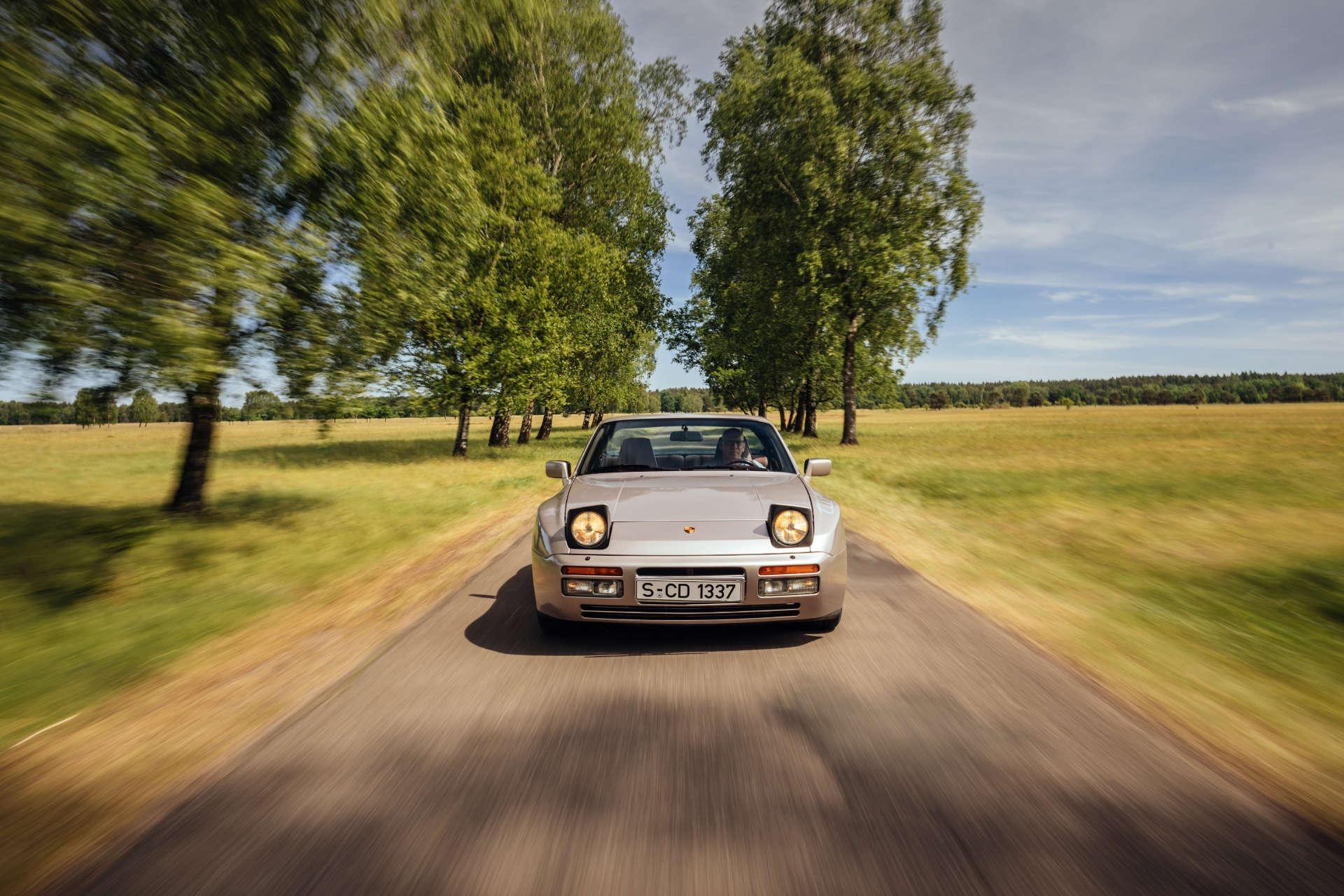 Porsche 944 Turbo S - Fahraufnahme
