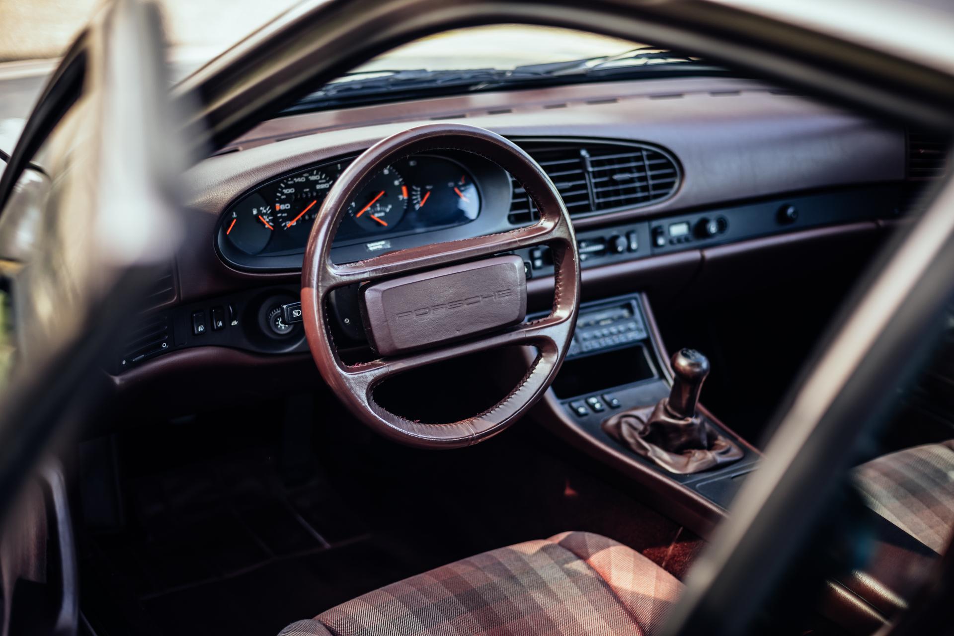 Porsche 944 Turbo S - Innenraum