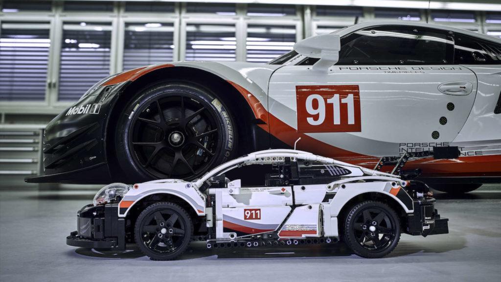 LEGO Technic Porsche 911 RSR mit Original
