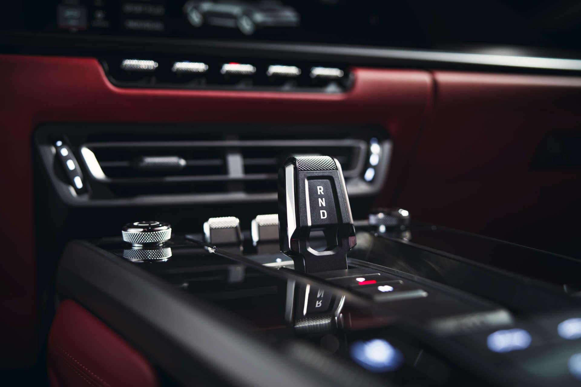 911 Carrera Cabriolet Mittelkanal