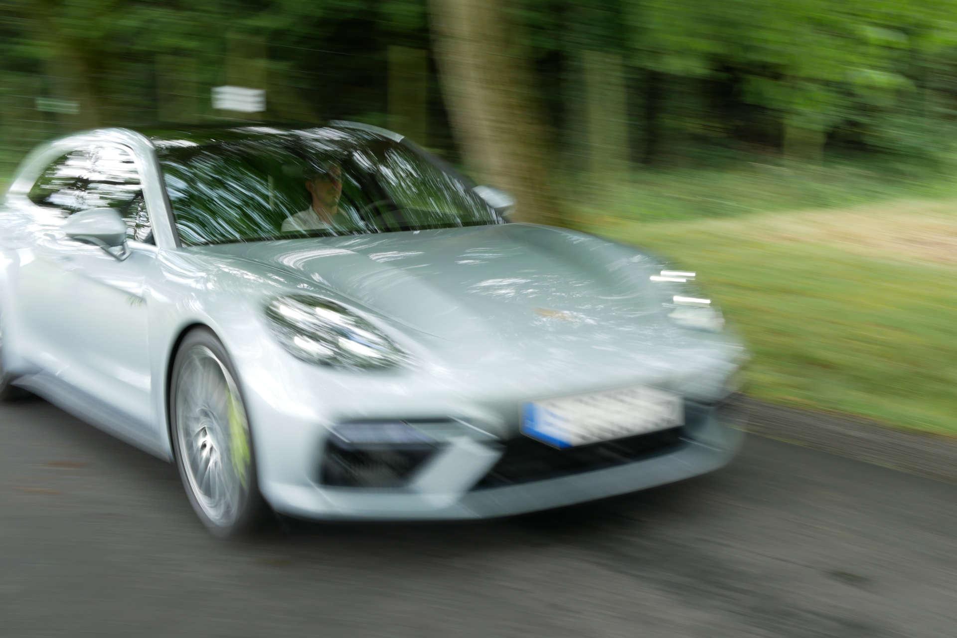 Vollgas im Panamera Turbo S E-Hybrid Sport Turismo