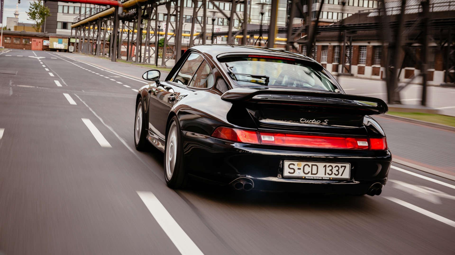 Porsche Fahrer Magazin