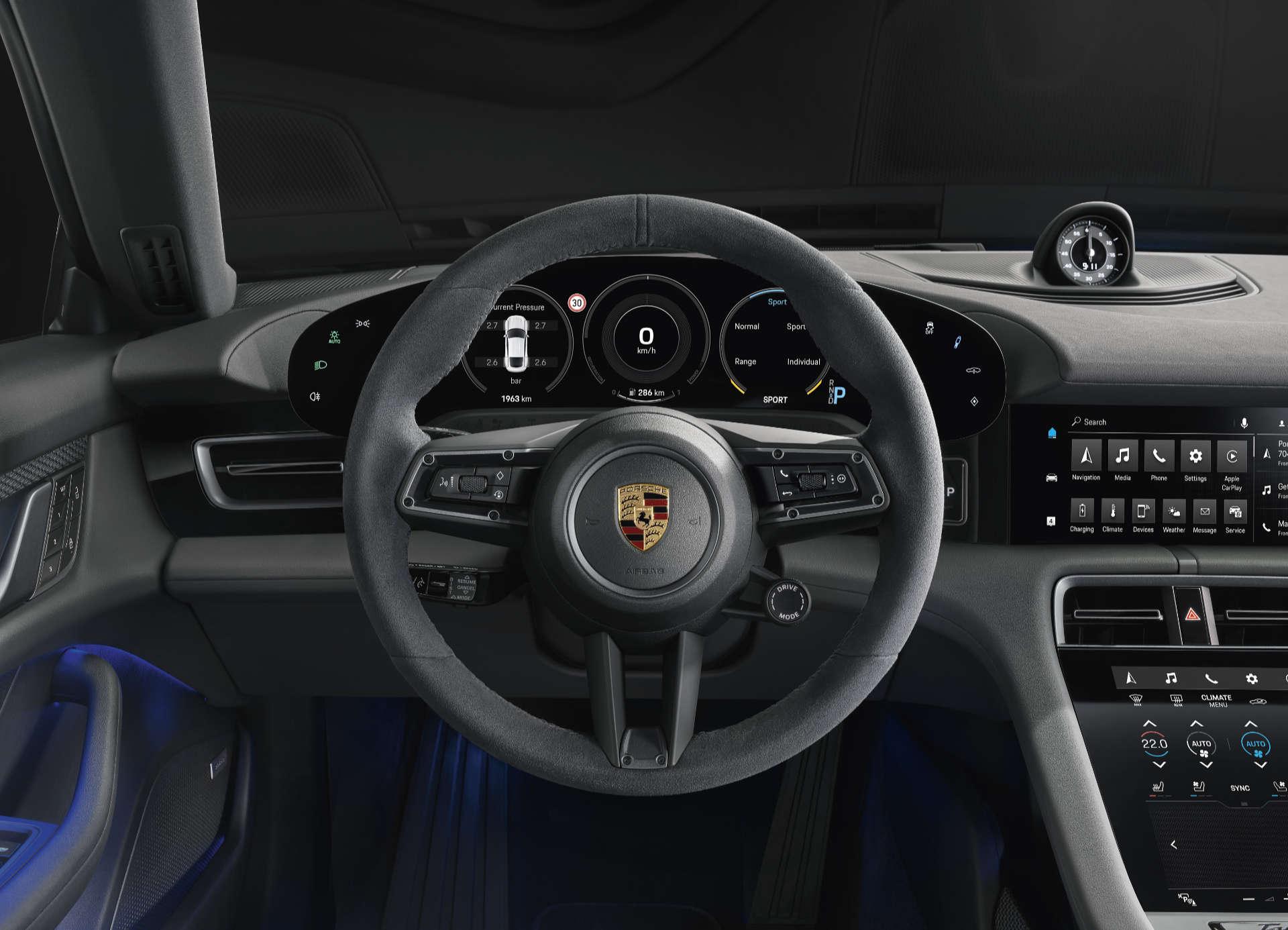 Interieur des Porsche Taycan 4S