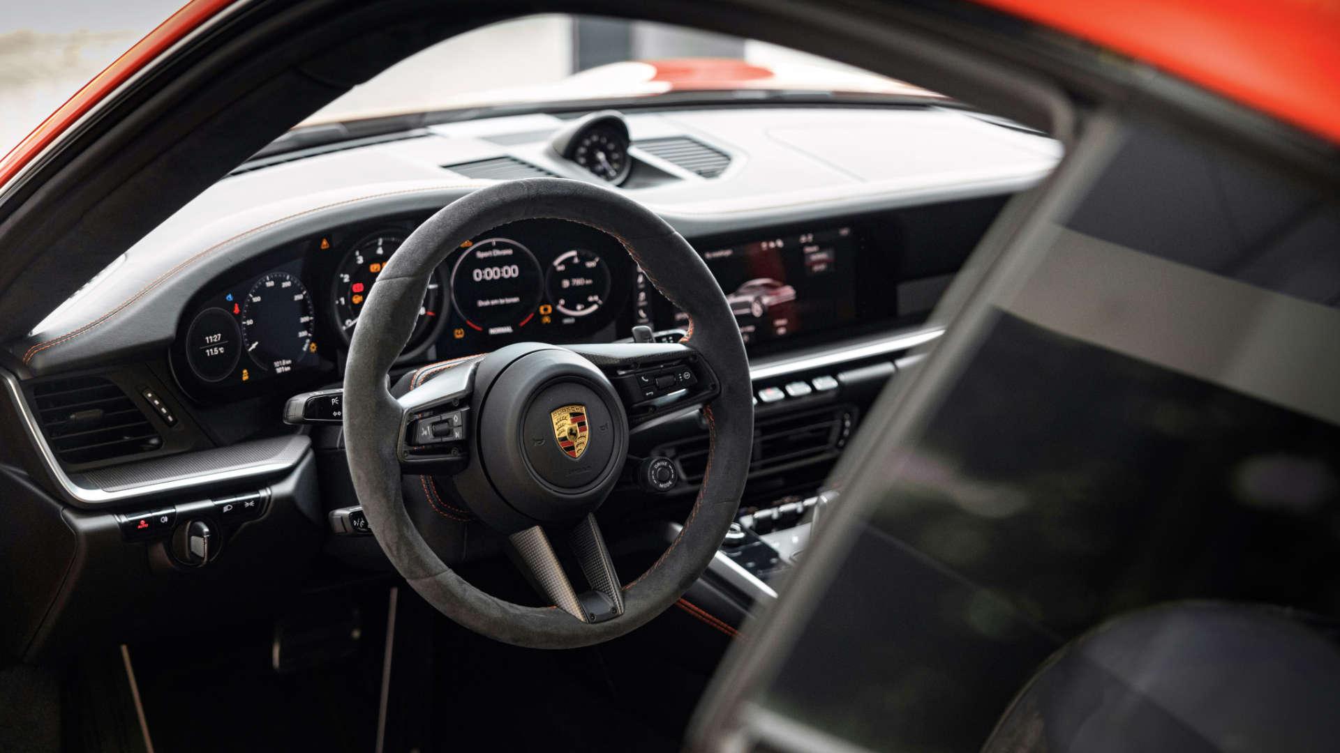 Porsche 911 992 innen