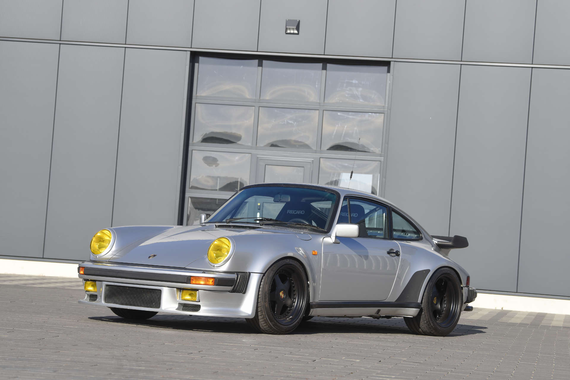 Porsche 911 Turbo Gruppe B