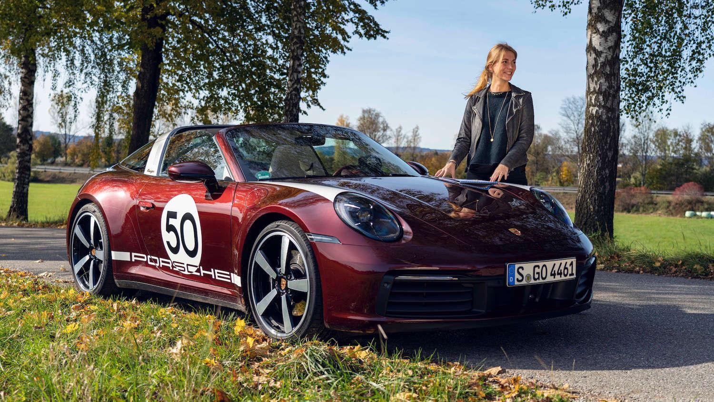 Laura Kukuk Porsche 911 Targa 4S Heritage Design Edition 12