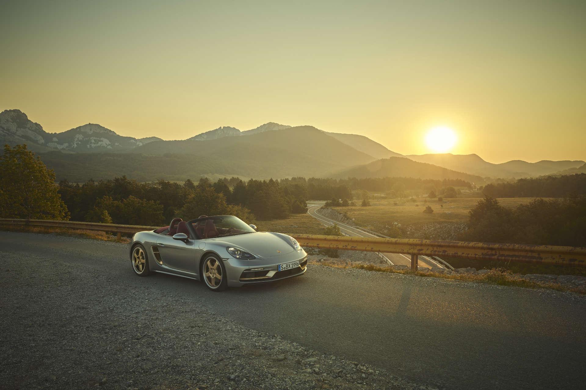 Porsche Boxster 25 Jahre Sonnenuntergang