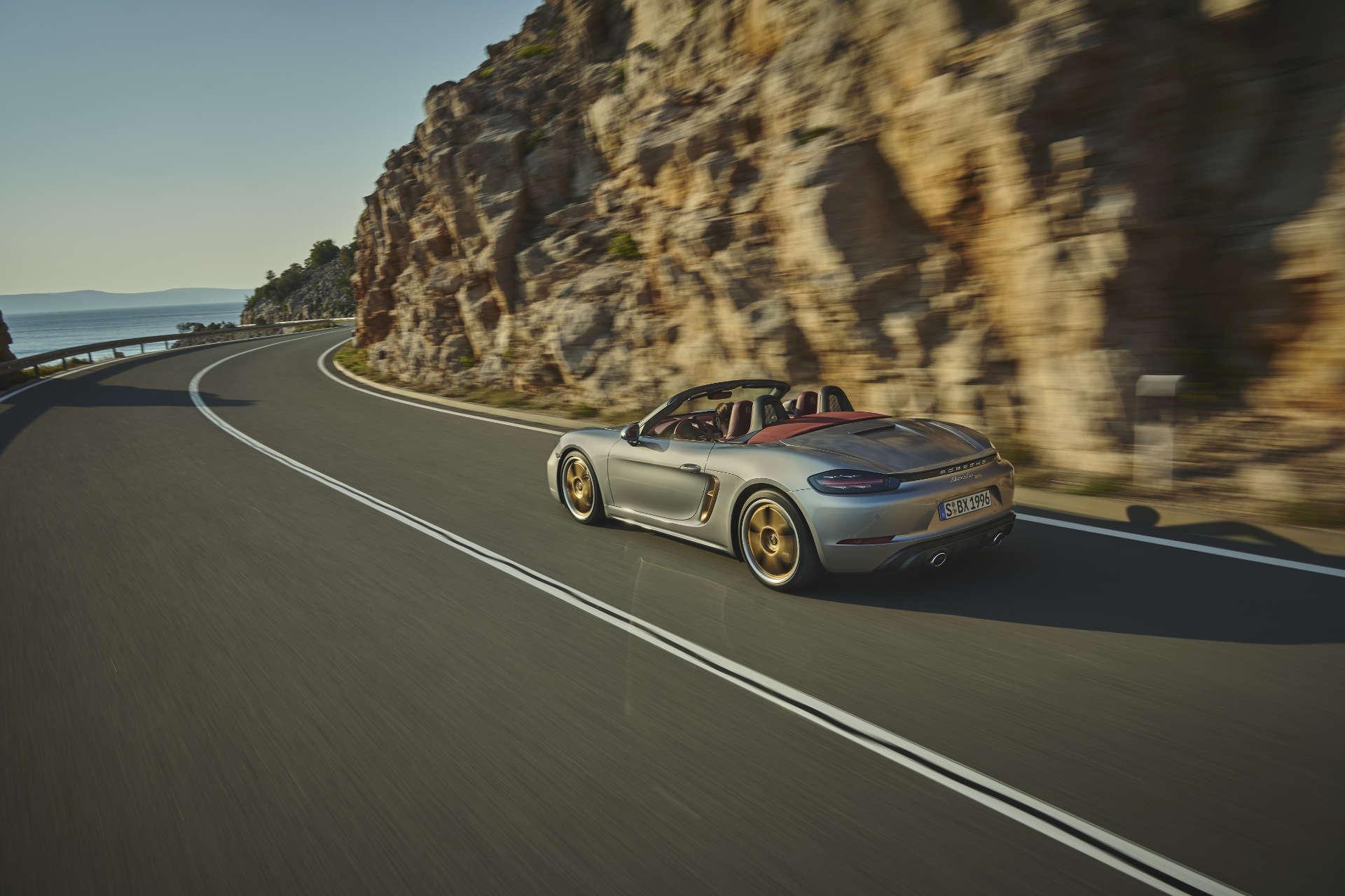 Porsche Boxster 25 Jahre Fahraufnahme