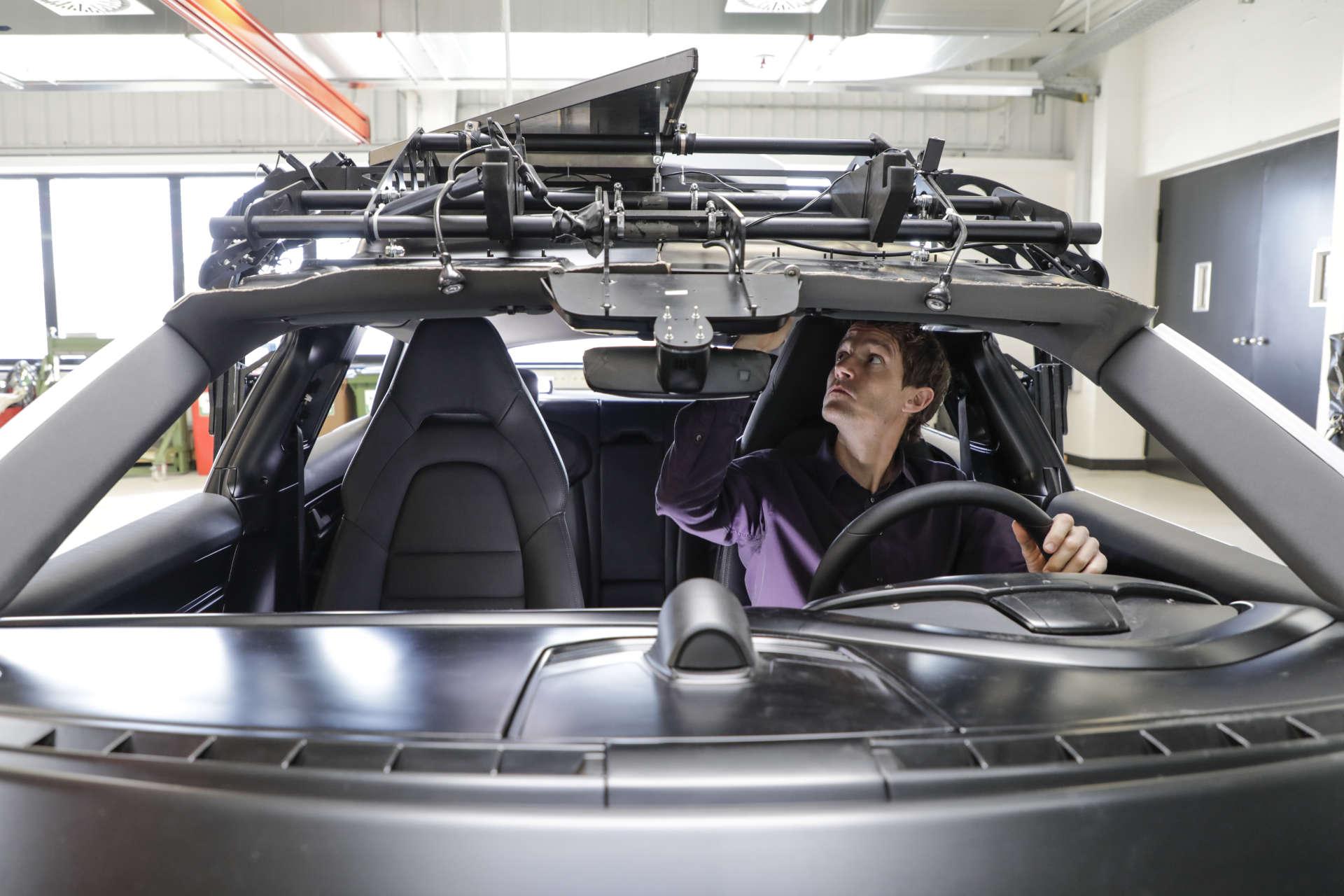 Porsche Taycan Cross Turismo Innenraum