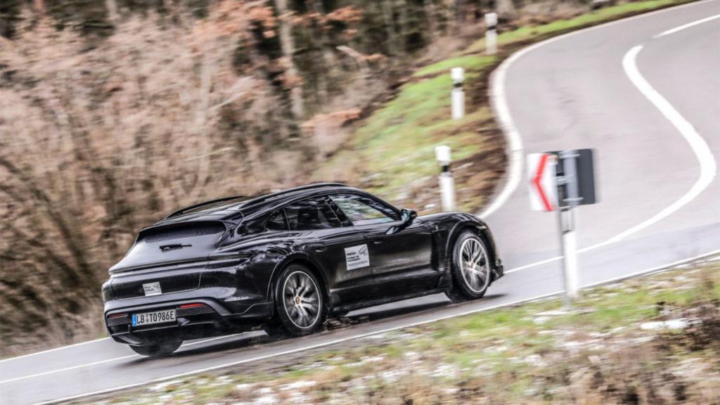Porsche Taycan Cross Turismo Erlkönig