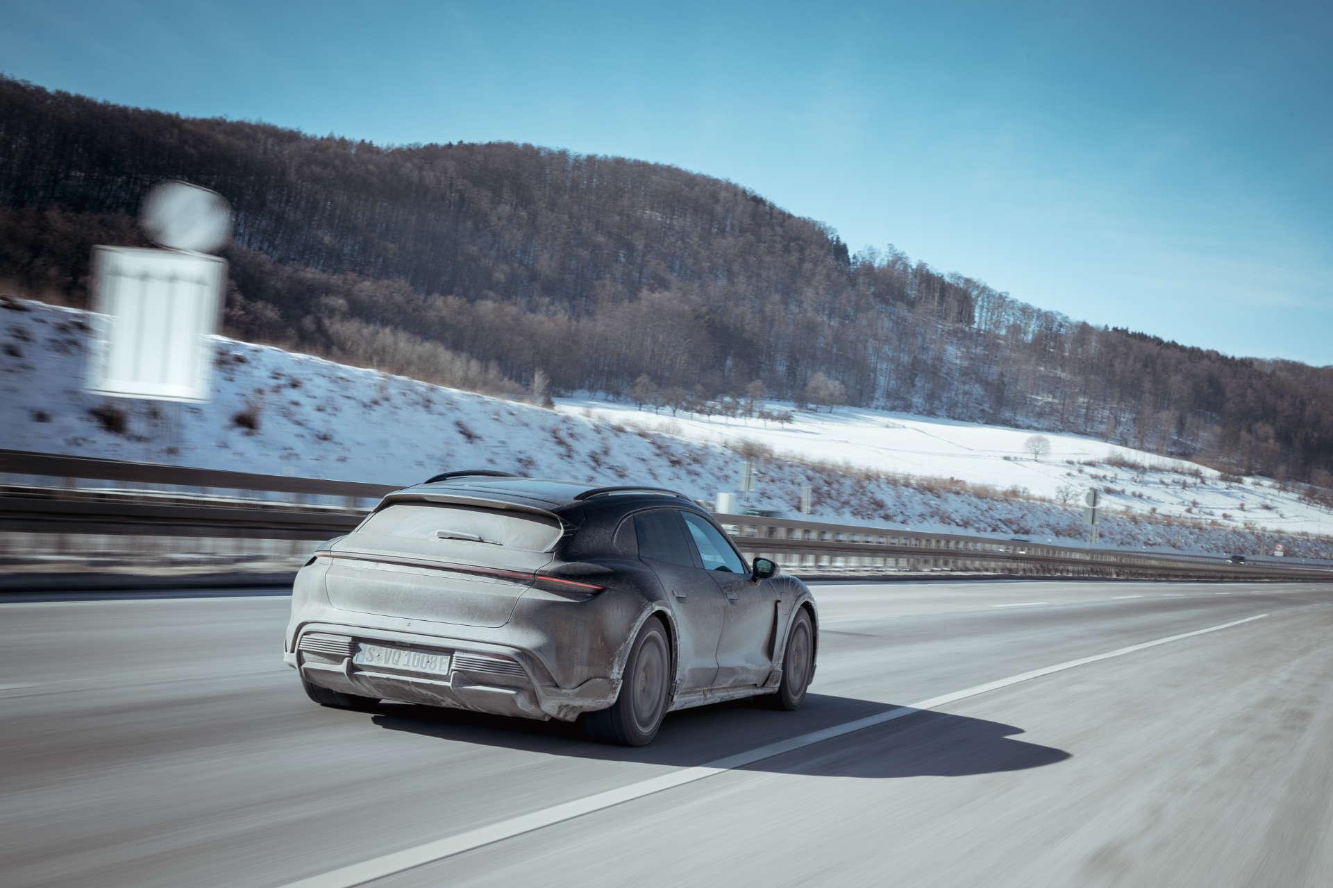 Porsche Taycan Cross Turismo Testfahrt Deutschland