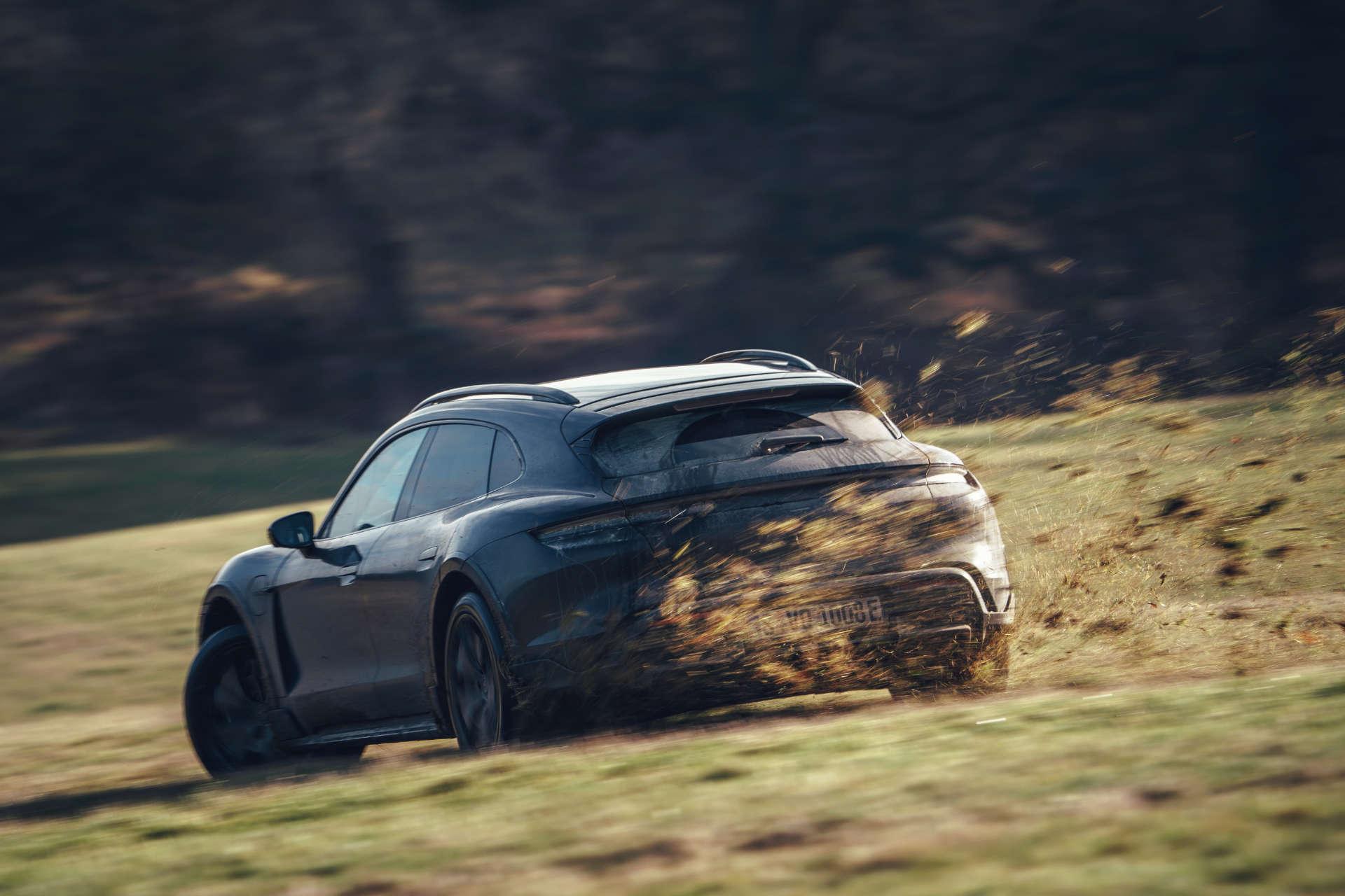 Porsche Taycan Cross Turismo Testfahrt Großbritannien