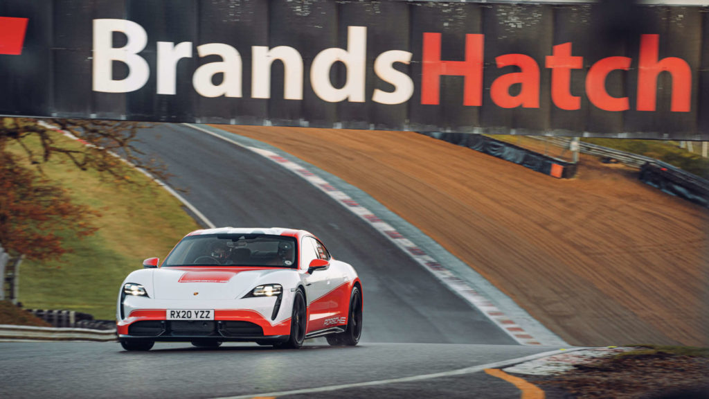 Porsche Taycan Rekorde in Brands Hatch
