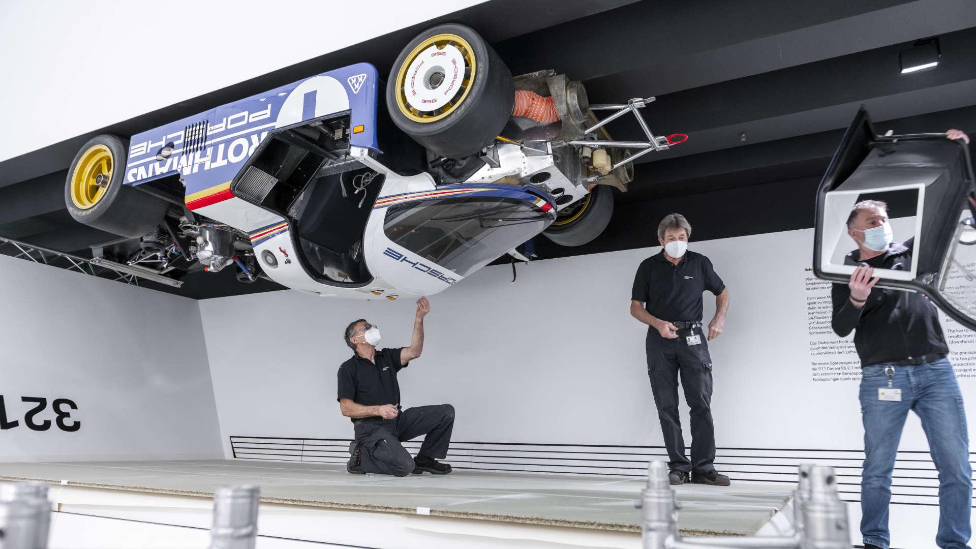 Porsche Museum 956 Decke