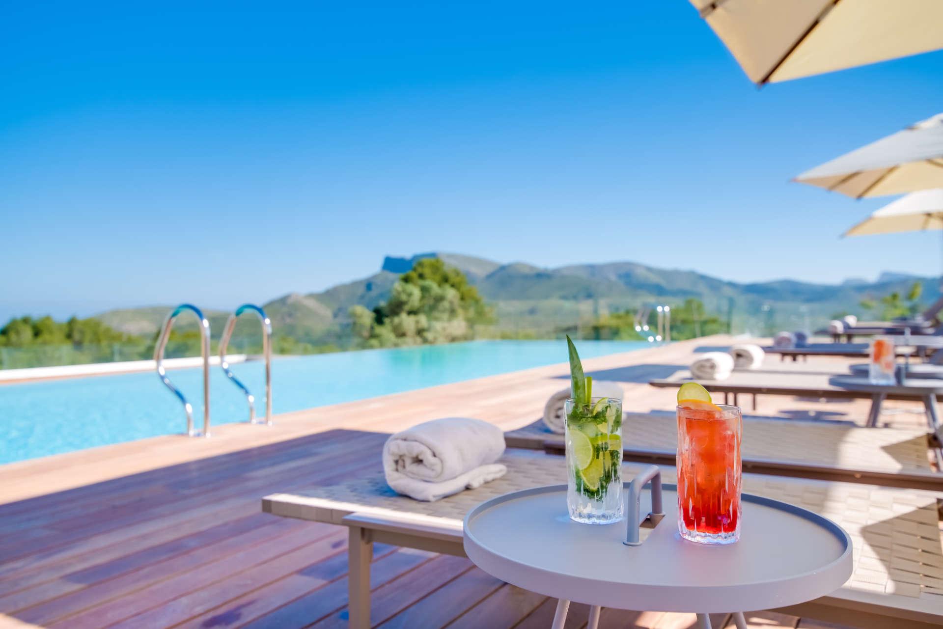 Spa Villas Mallorca Pool