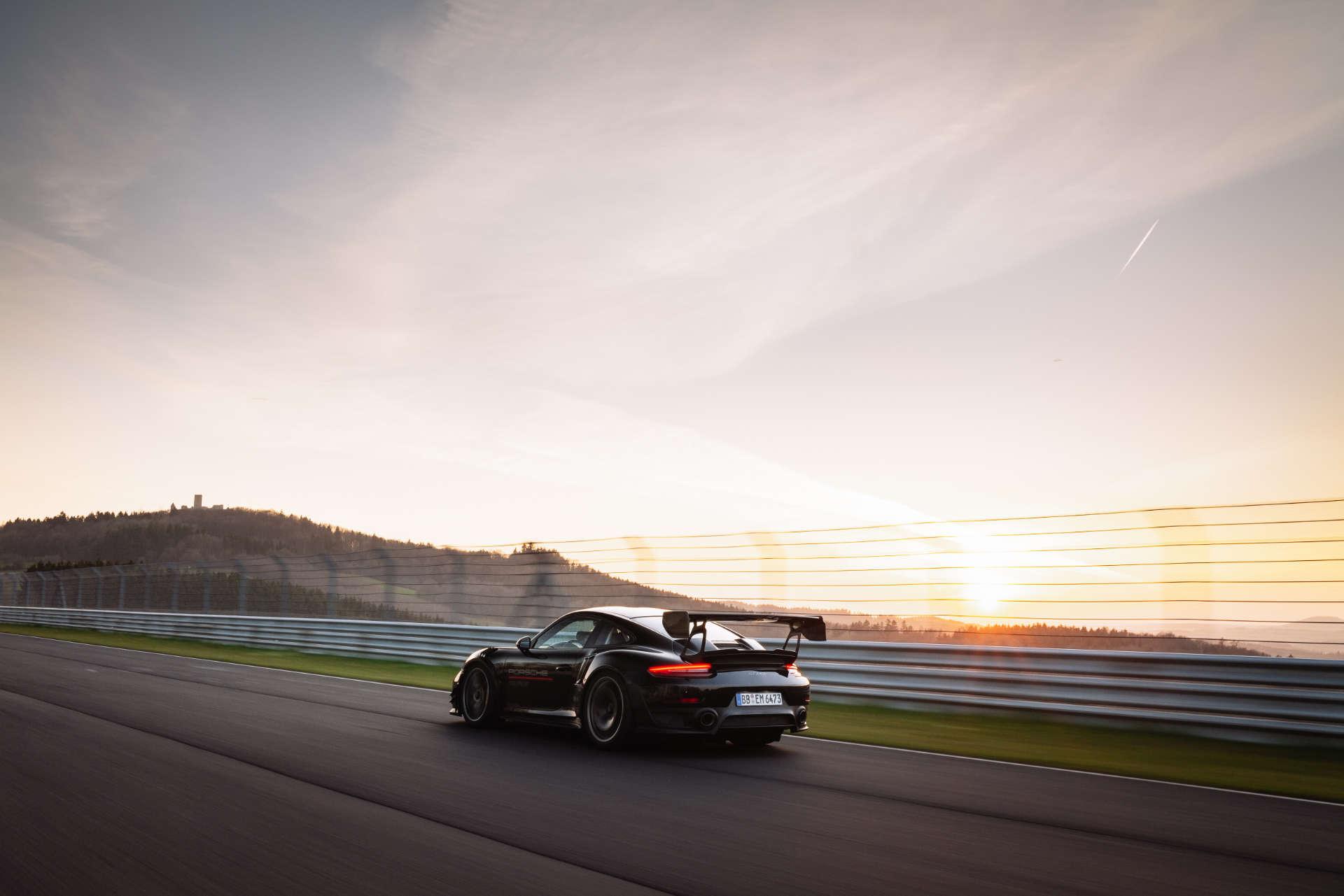 911 GT2 RS Rekordfahrt Nürburgring 2