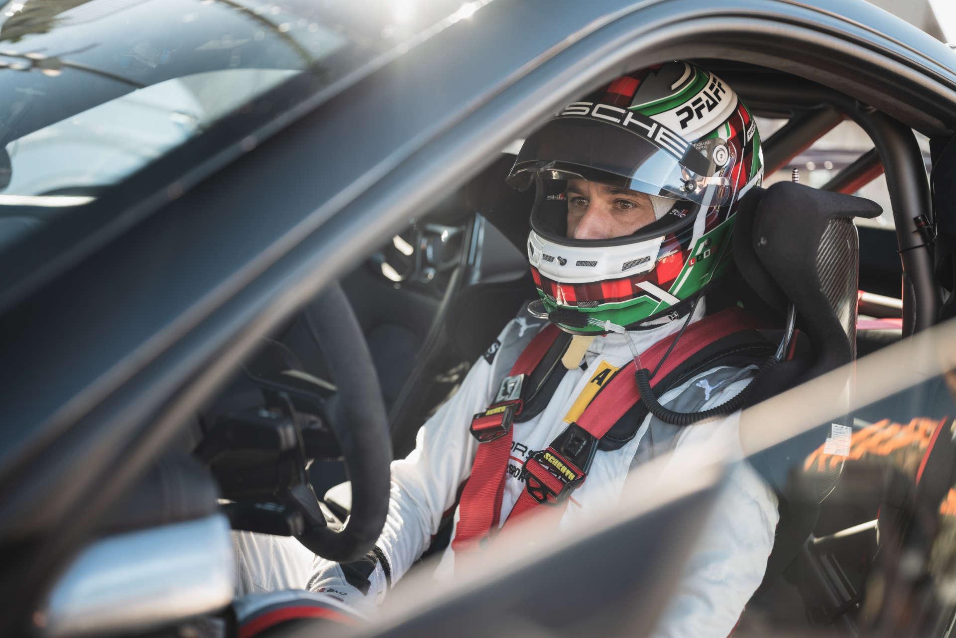 Lars Kern Rekordfahrt Nürburgring Porsche 911