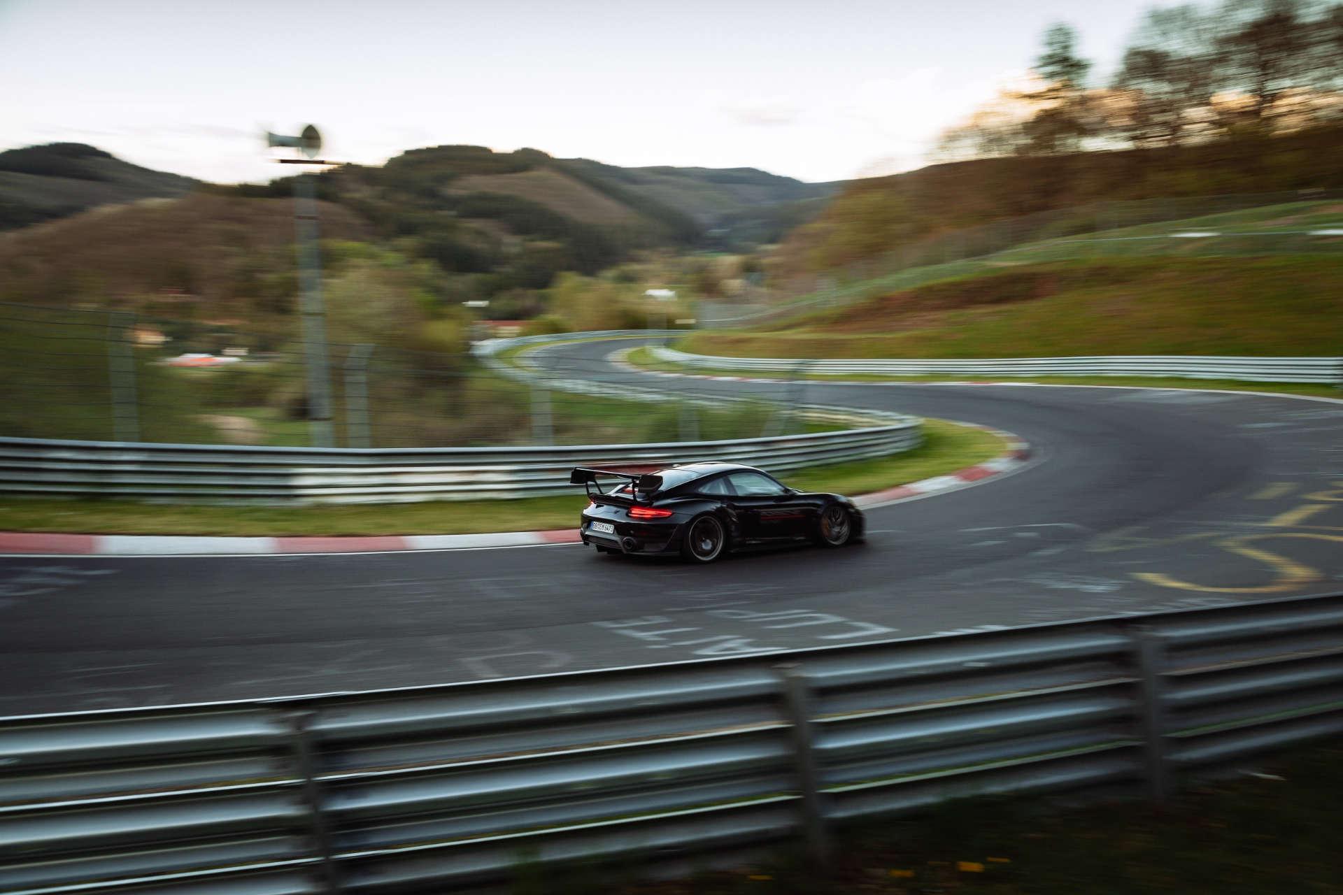 Porsche 911 GT2 Rekordfahrt Nürburgring