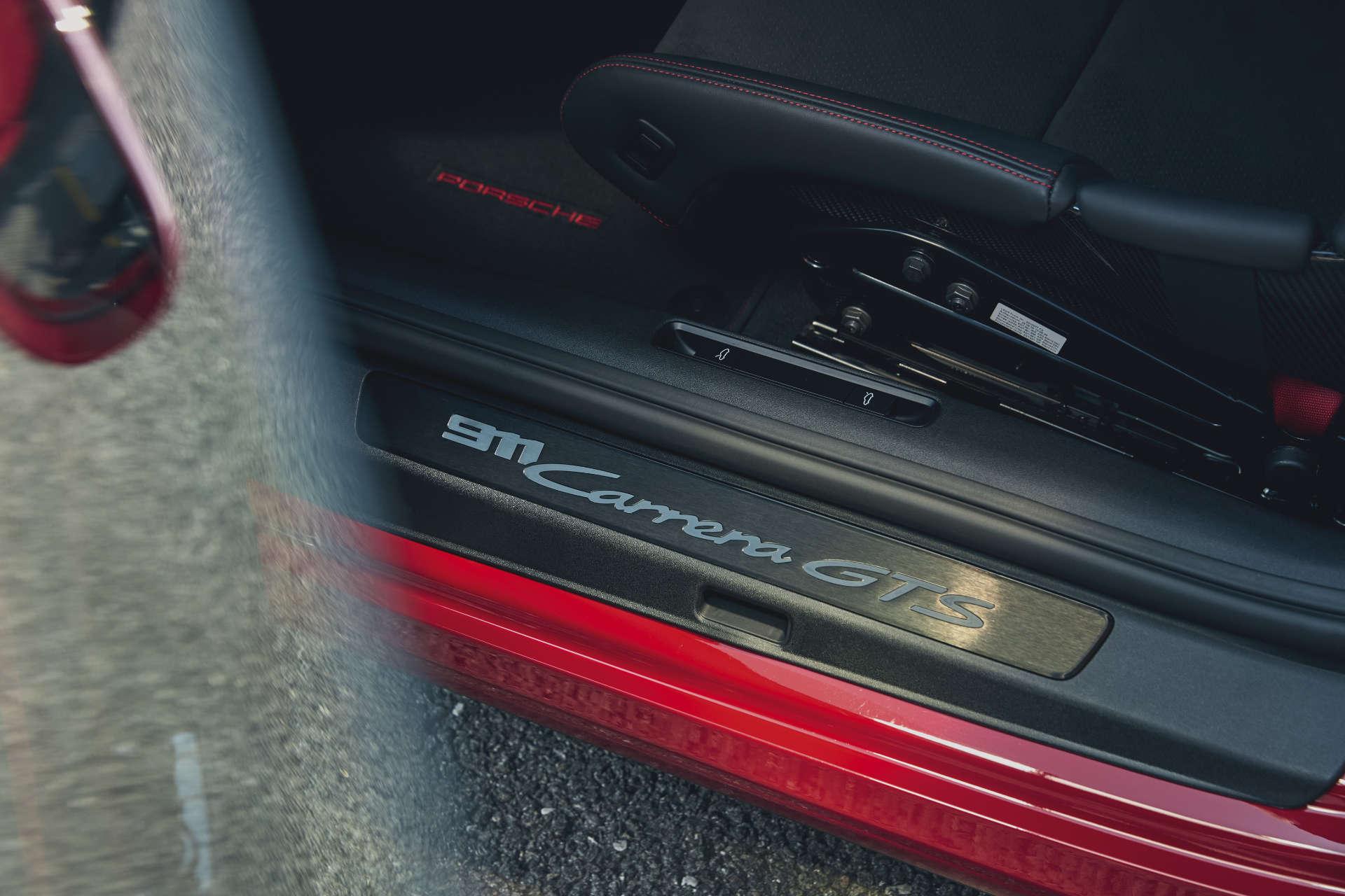 Porsche 911 GTS Einstiegsleiste