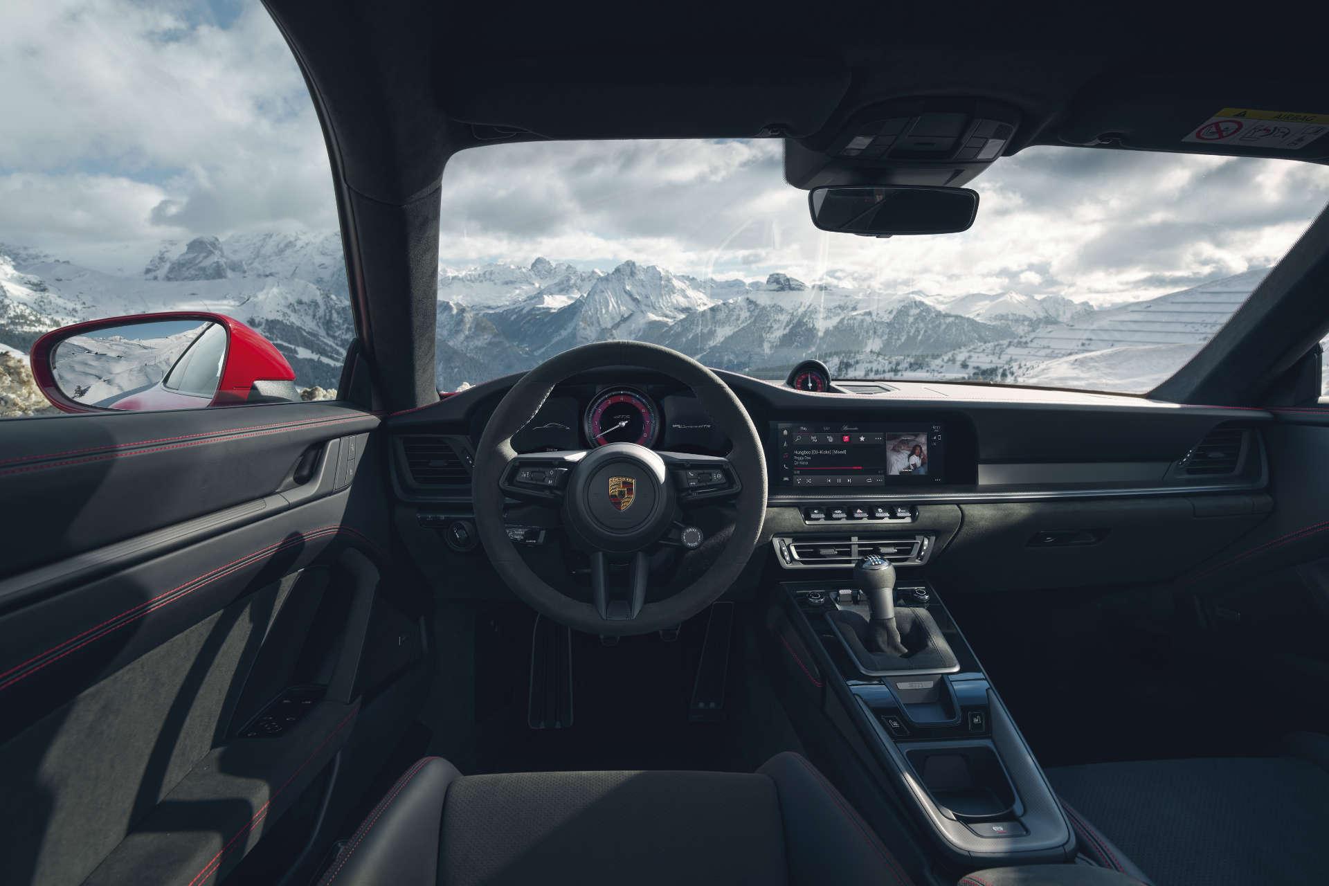 Porsche 911 GTS Interieur