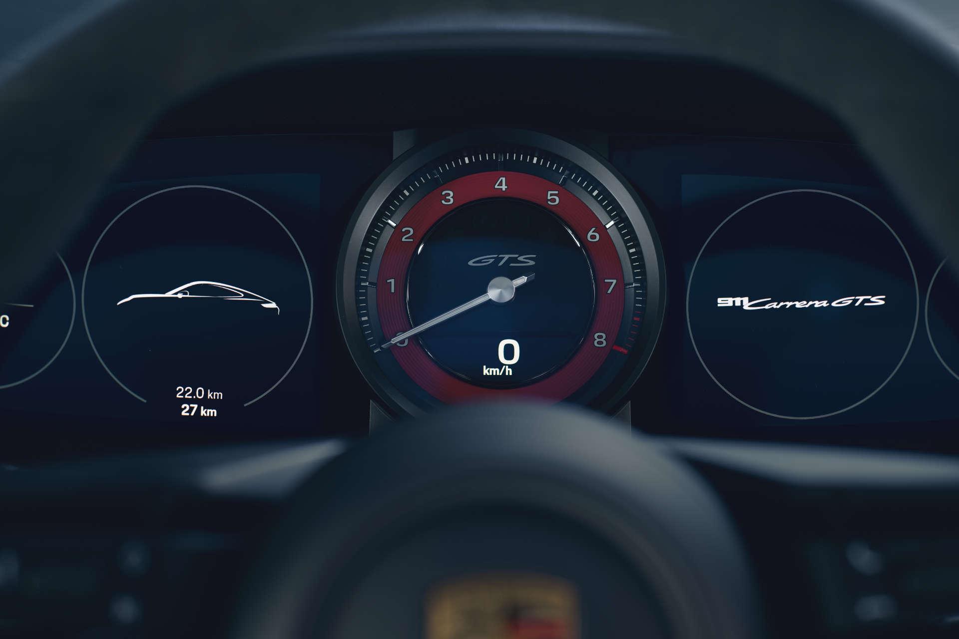 Porsche 911 GTS Tacho
