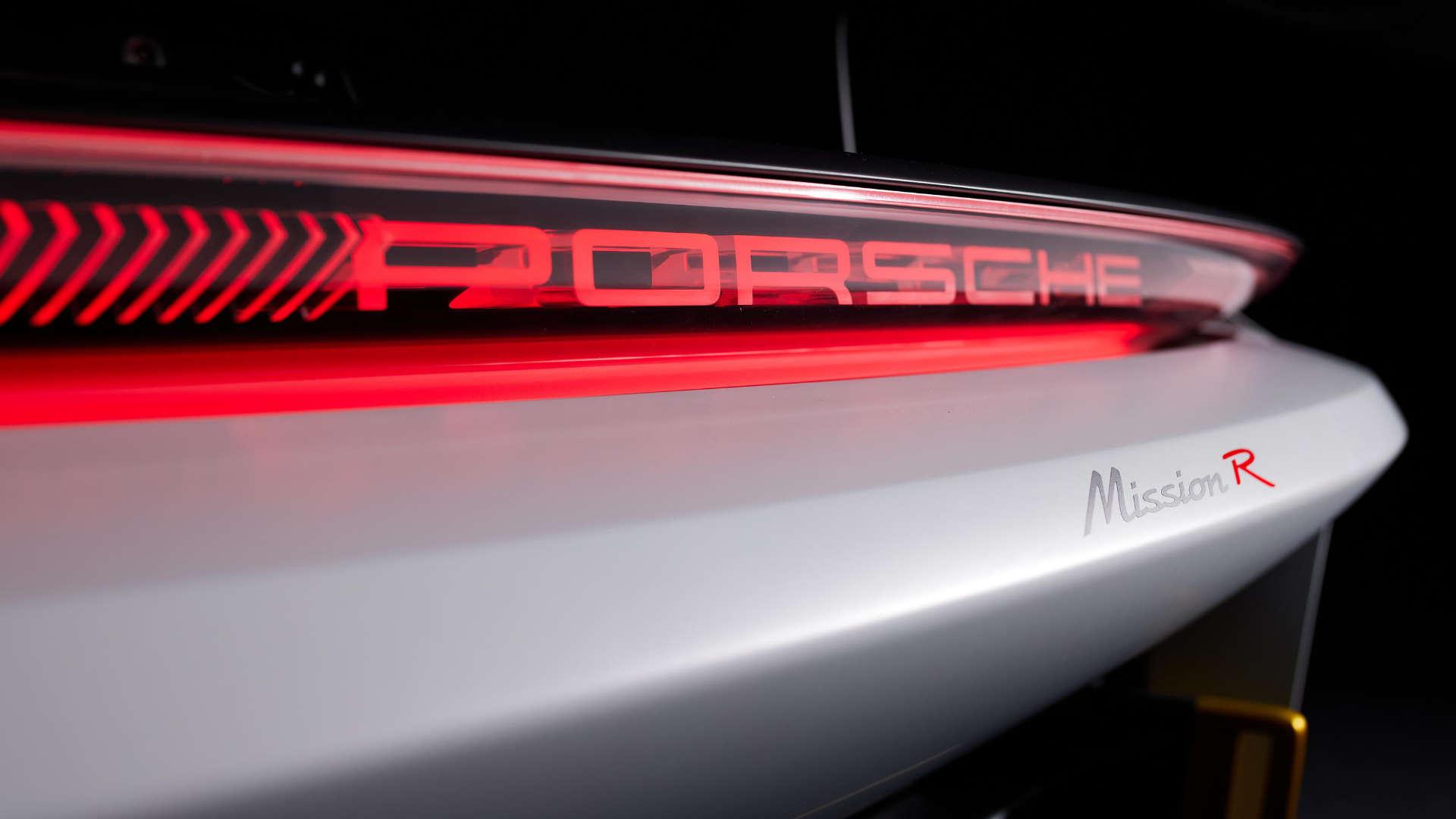 Porsche Mission R Heckleuchte